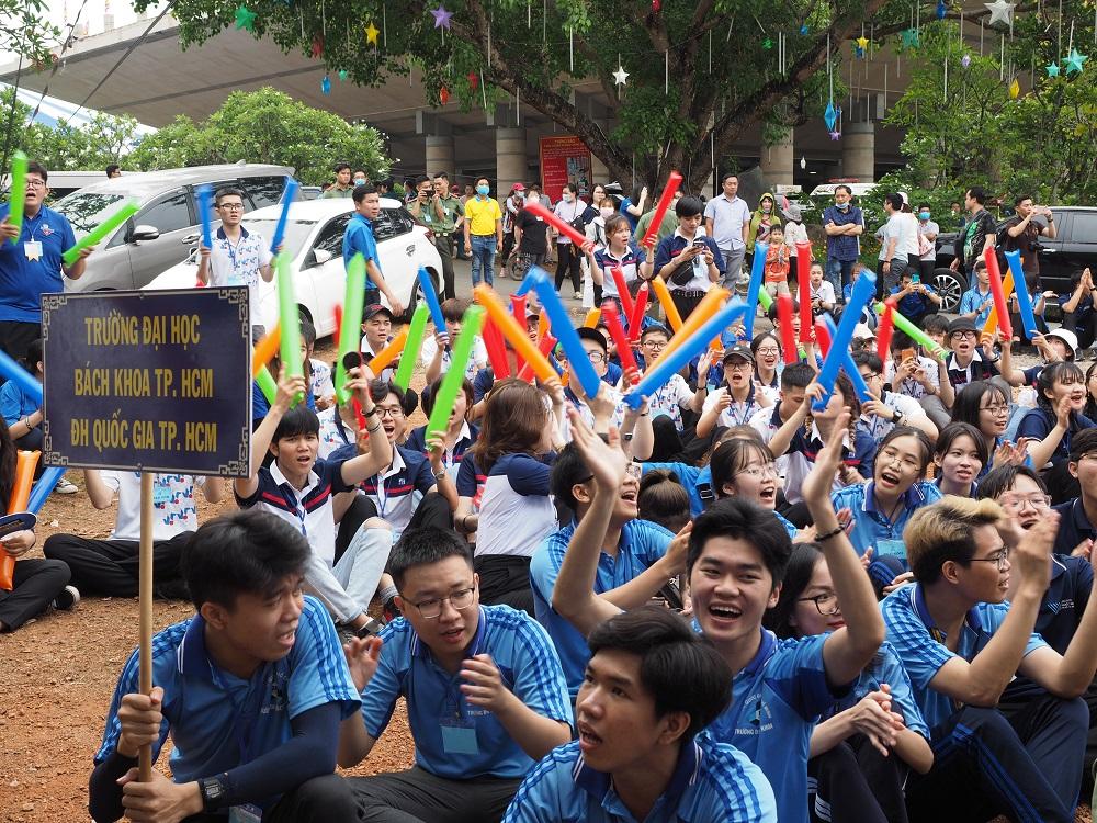 """Hội trại truyền thống """"Tự hào nòi giống Tiên Rồng"""" của sinh viên TP.HCM"""