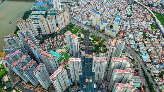 Bản tin kinh tế, tài chính ngày 29/8: Tiền rót vào bất động sản nhưng doanh nghiệp vẫn kêu đói tiền